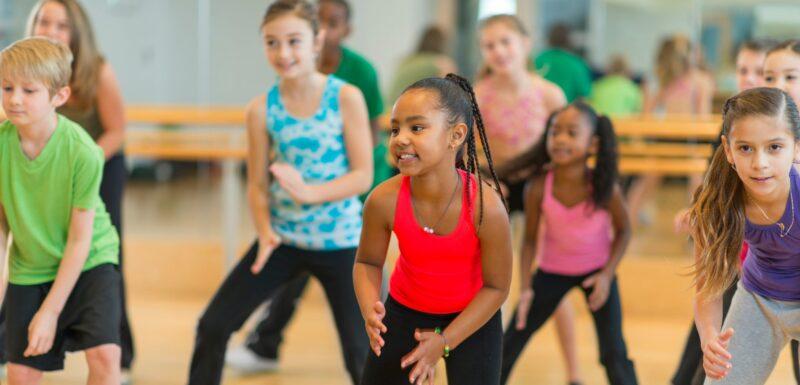 Kids dancing in a dance class
